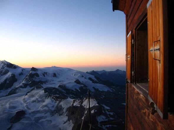 http://creativegreed.com/highest-hut-in-the-world.html