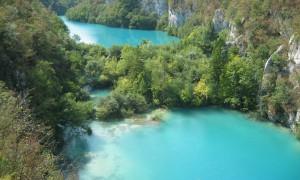 美しいエメラルドに輝くクロアチアの世界遺産『プリトヴィツェ湖群国立公園』