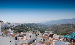 スペイン一美しい村にも選ばれた路地の入り組む小さな村『フリヒリアナ』